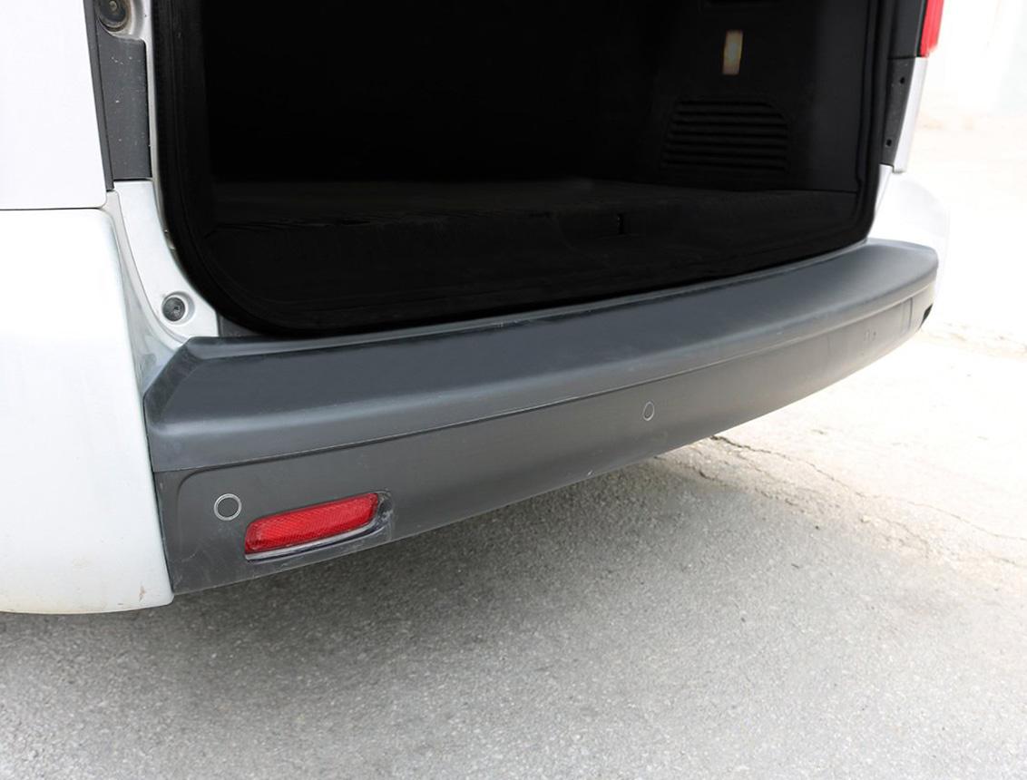 Renault Trafic 2 Arka Tampon Eşiği Plastik 2001-2014 Arası