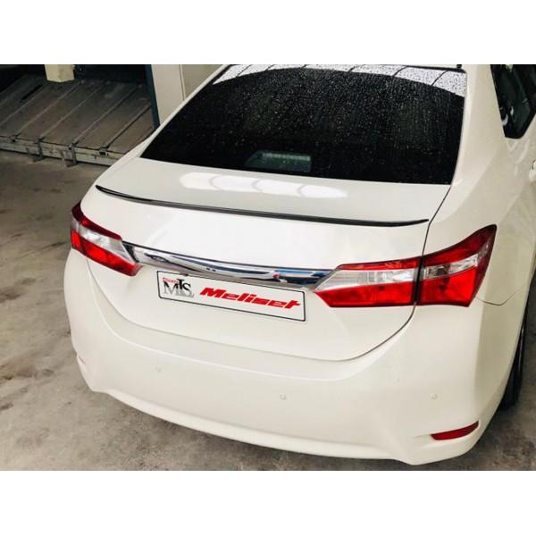 Toyota Corolla Bagaj Üstü Anatomik Spoiler Plastik Piano Black 2012-2018 Arasına Uyumlu